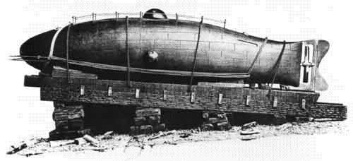 Monturiol_submarine
